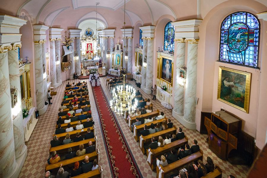 ceremonia-slubu-niedrzwica-biskup-10