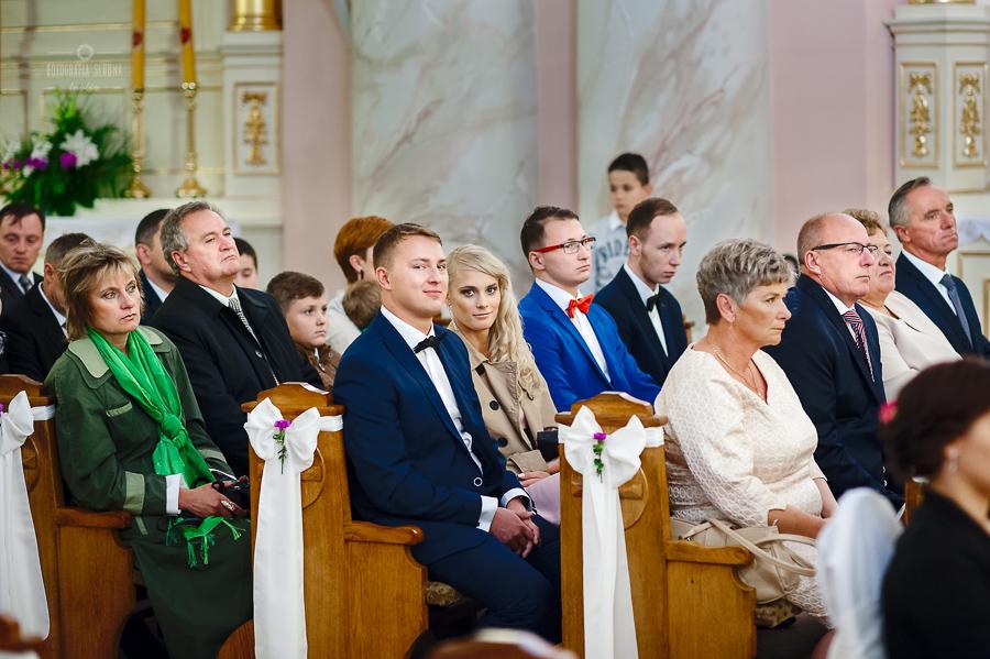 ceremonia-slubu-niedrzwica-biskup-11