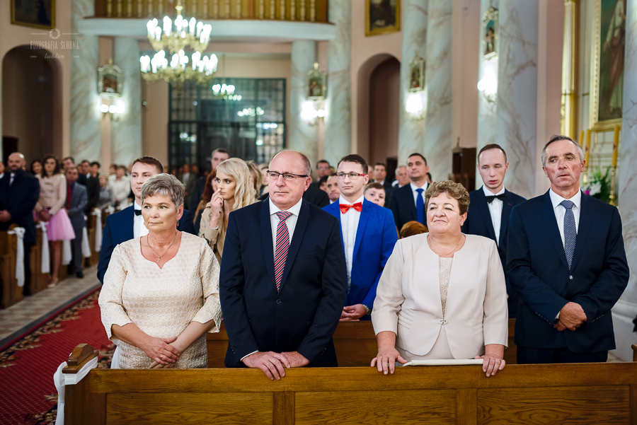 ceremonia-slubu-niedrzwica-biskup-16