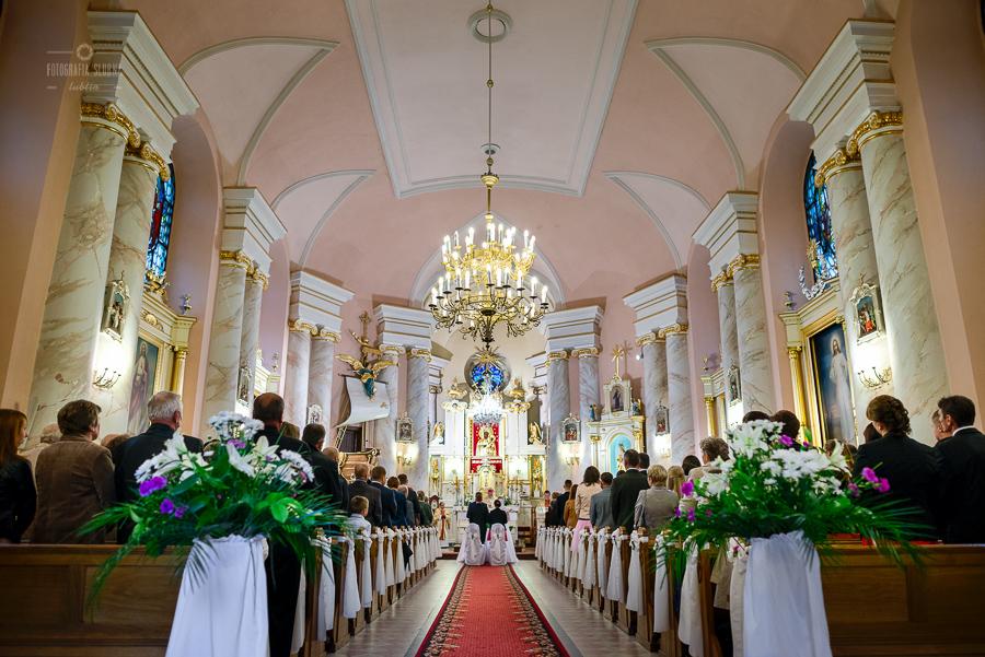 ceremonia-slubu-niedrzwica-biskup-5