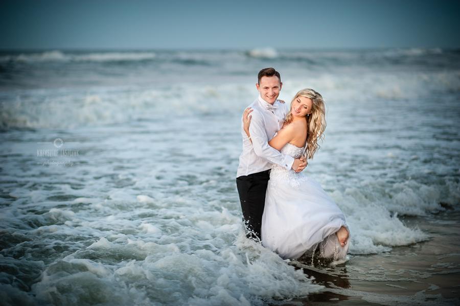 Ślubna sesja plenerowa nad morzem Bałtyckim