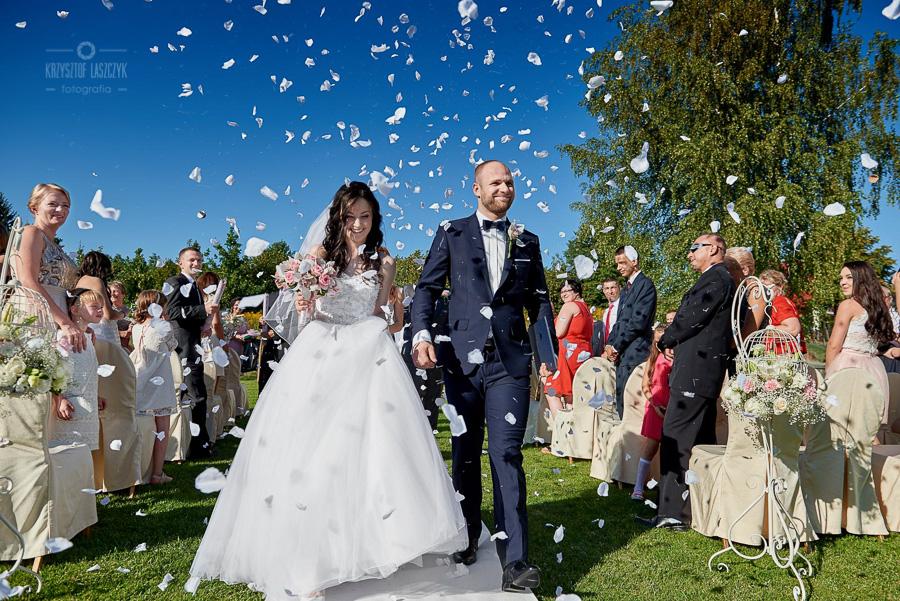 06ea142bd5 » Monika i Marcin – czyli piękny ślub w plenerze